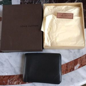 Authentic Louis Vuitton Black Damier Mens Bifold